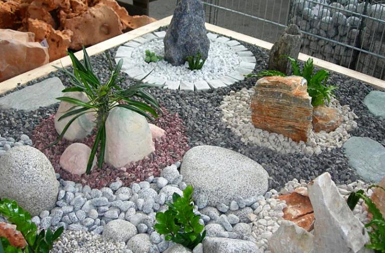 Большой камень для ландшафтного дизайна купить