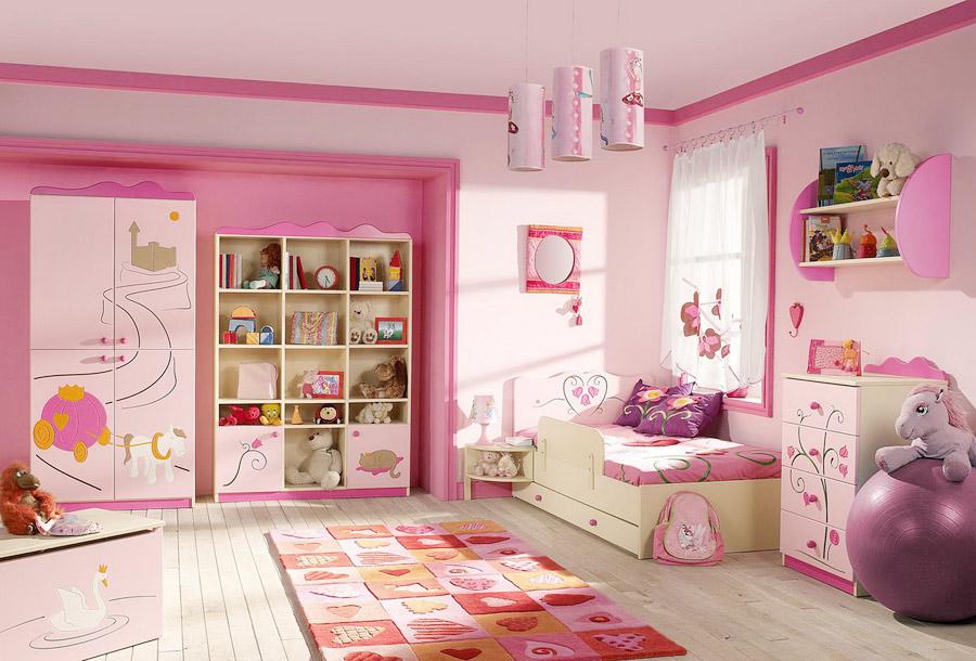 Преображение комнаты для девочки с помощью аксессуаров