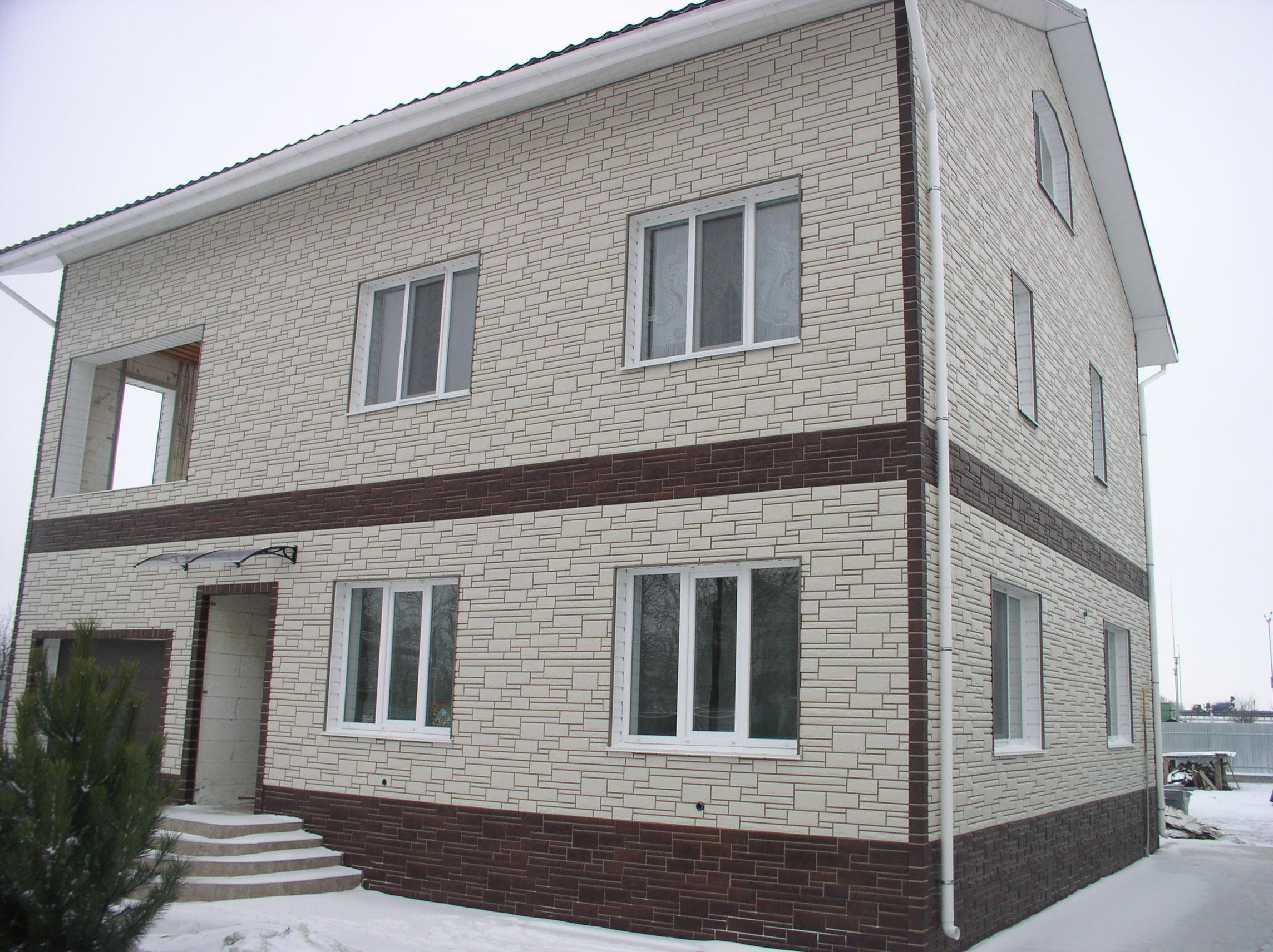 Отделка фасадов в загородных домах