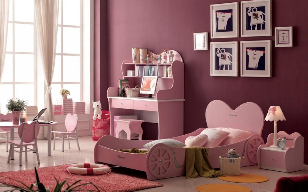 Интерьер комнаты для девочки-подростка в розовых тонах
