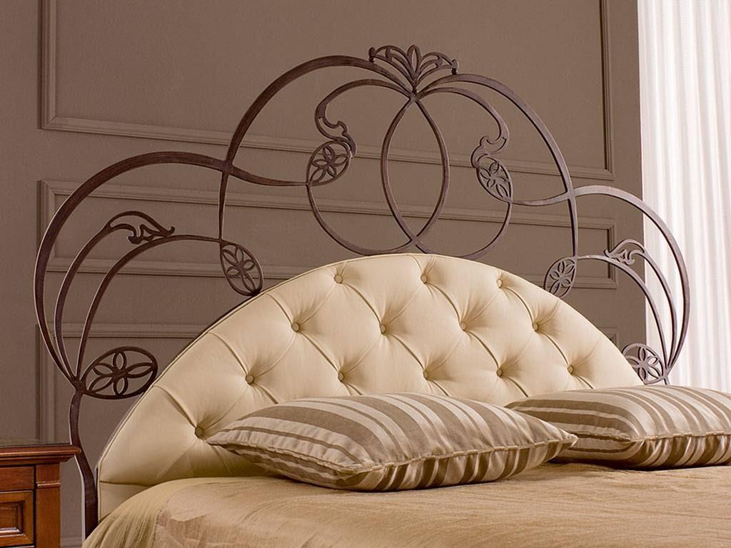 Кровать с кованым изголовьем для девочки