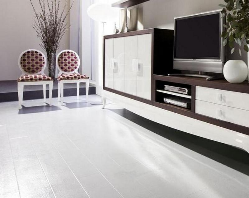 Глянцевый белый ламинат обладает высокой износостойкостью