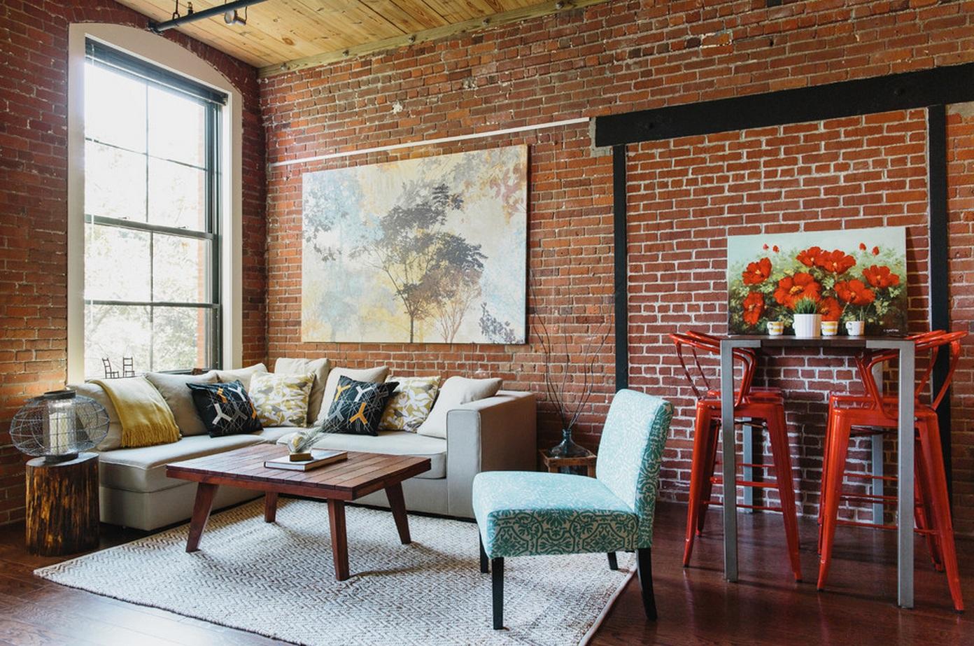 Уместное использование декоративного кирпича в интерьере комнаты