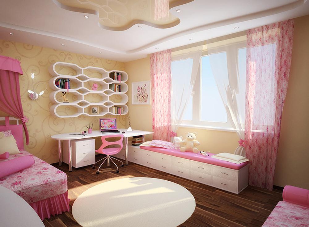 Рабочее место в комнате для девочек