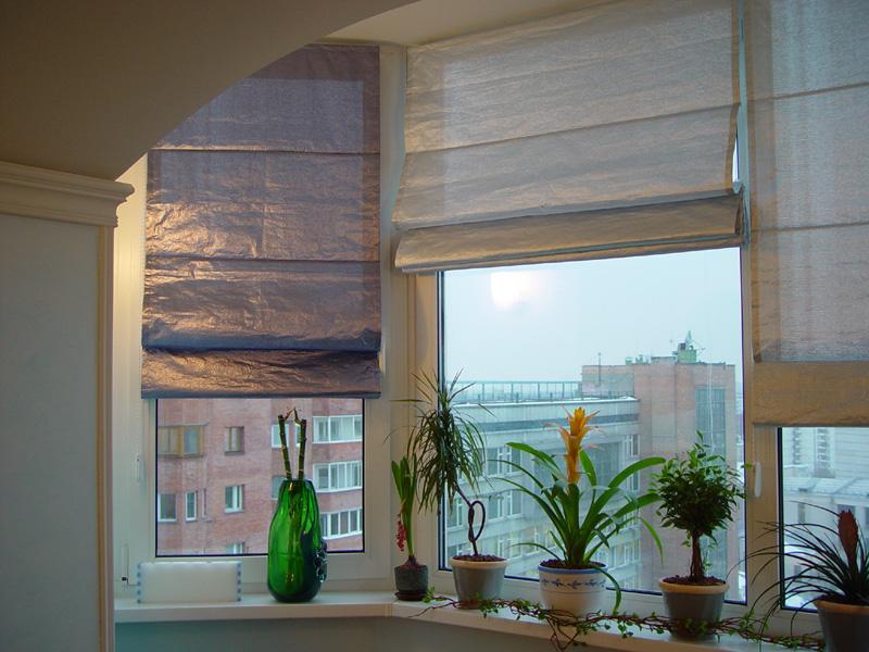 Римские шторы для гостиной в хрущевке