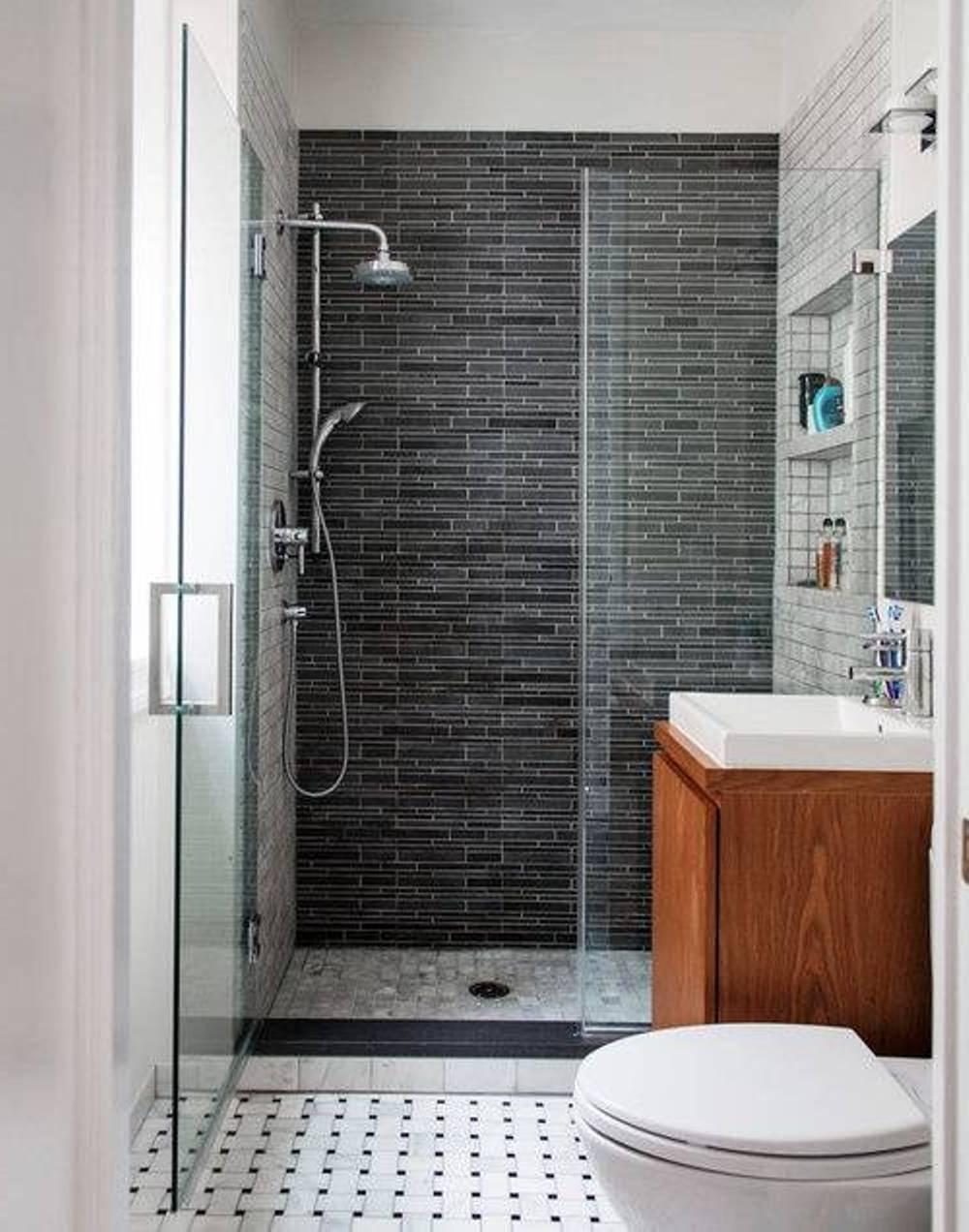 Если ванну заменить душевой кабиной, выигрывается приличное пространство