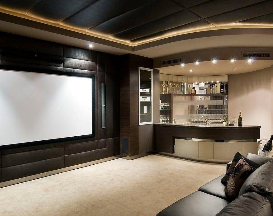 Красивый оригинальный дизайн гостиной с барной стойкой