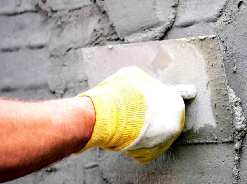Штукатурная обработка фасадной стены сейчас популярна