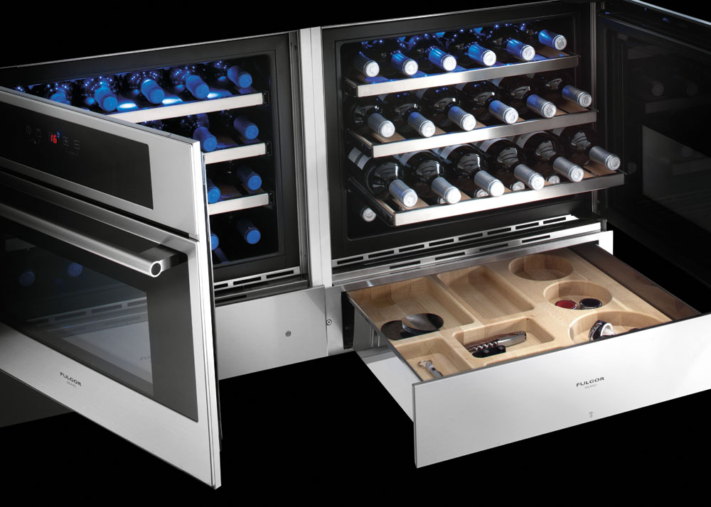 Холодильники для вина отличаются вместительностью