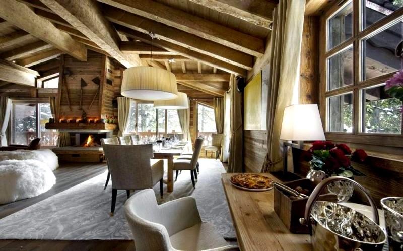 Вариант дизайна деревянного дома