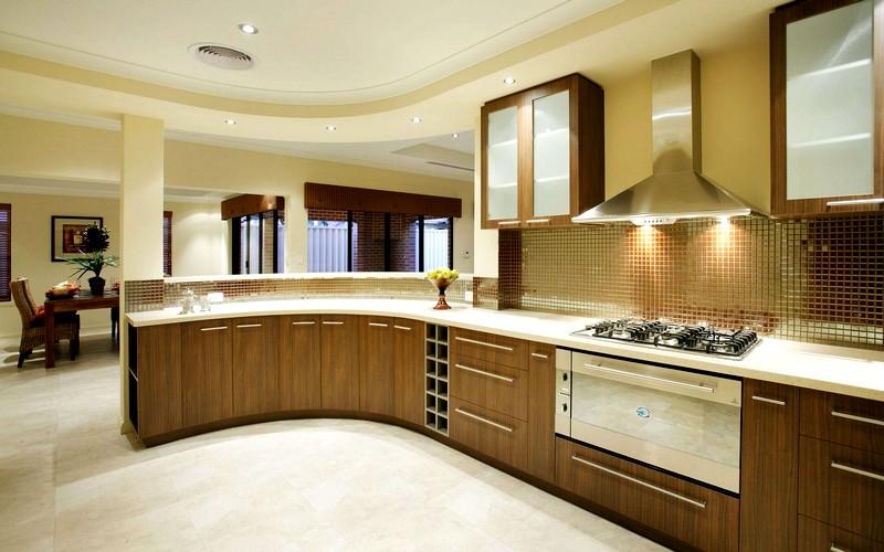 Кухня-совмещённая-с-гостиной