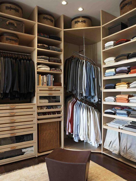 Мужская гардеробная в современном стиле