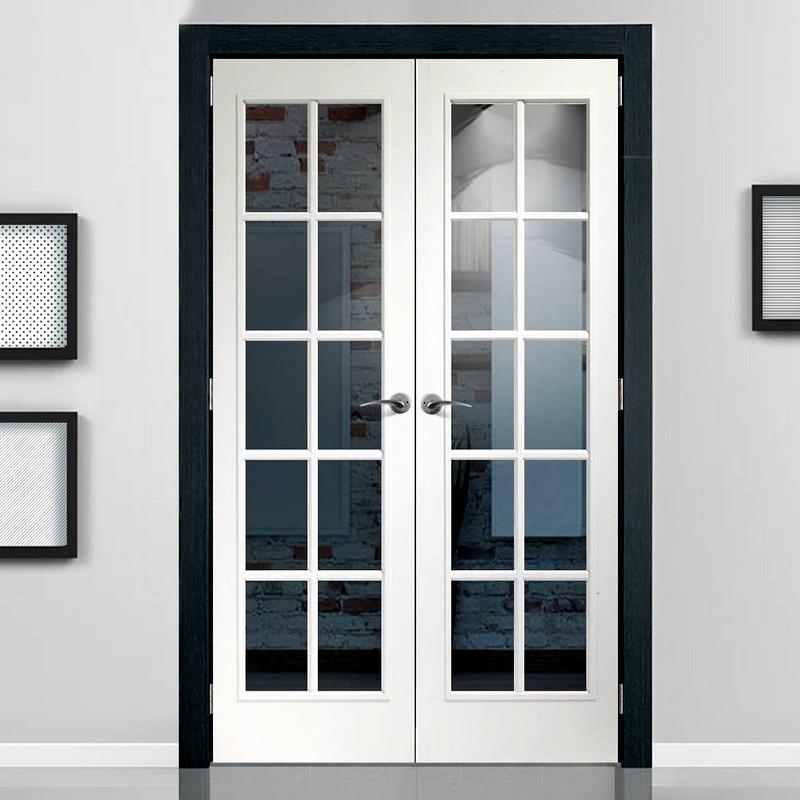 Стеклянная белая дверь