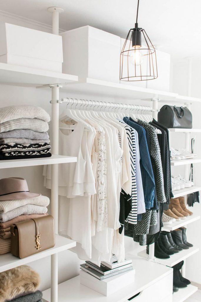 Стильная комната для хранения вещей