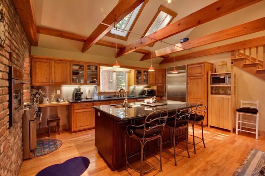 подвесные балки под потолком