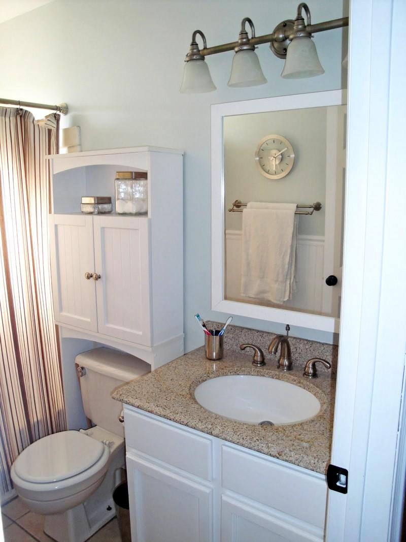 вариант дизайна для небольшой ванной комнаты