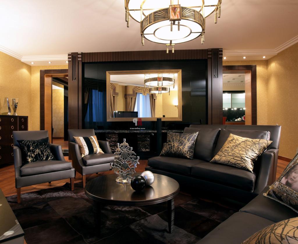 Дизайн интерьера зала в темных тонах