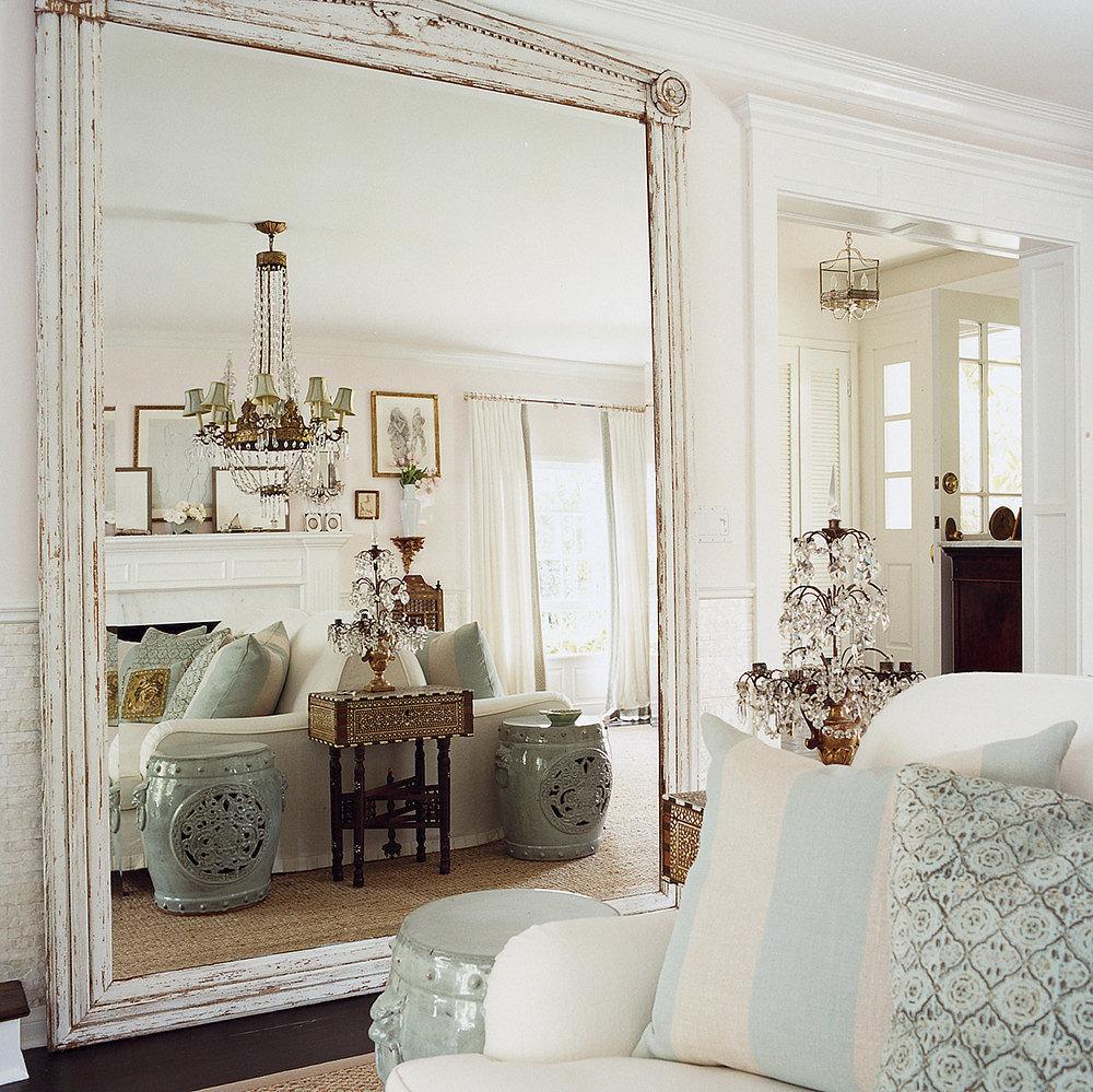 Зеркала в оформлении квартиры для расширения пространства