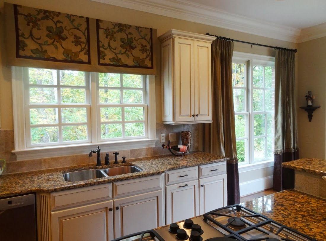 Римские шторы не только эффектно смотрятся, но и выполняют светозащитную функцию