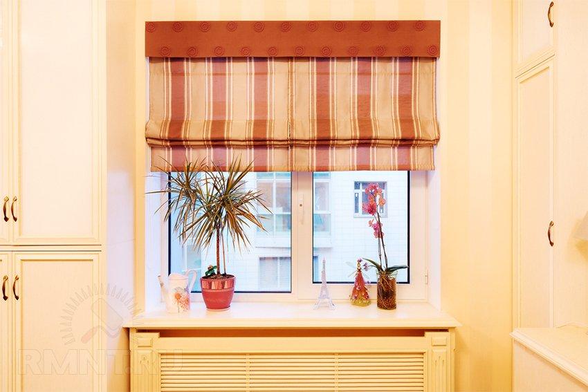 Монтаж шторы римского типа
