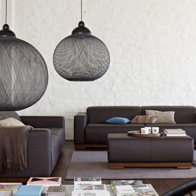 Интересный подбор мебели для гостиной в стиле лофт
