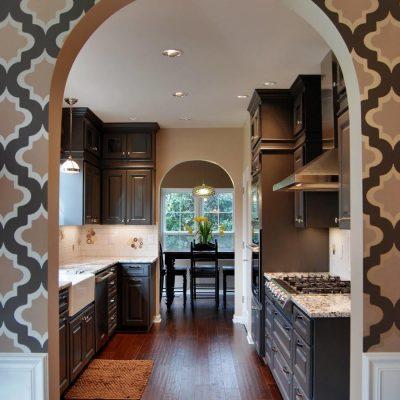 Рисунок в восточном стиле в интерьере кухни