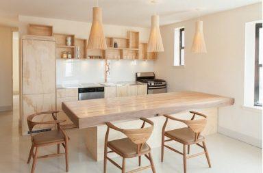 Яркая кухня в эко стиле