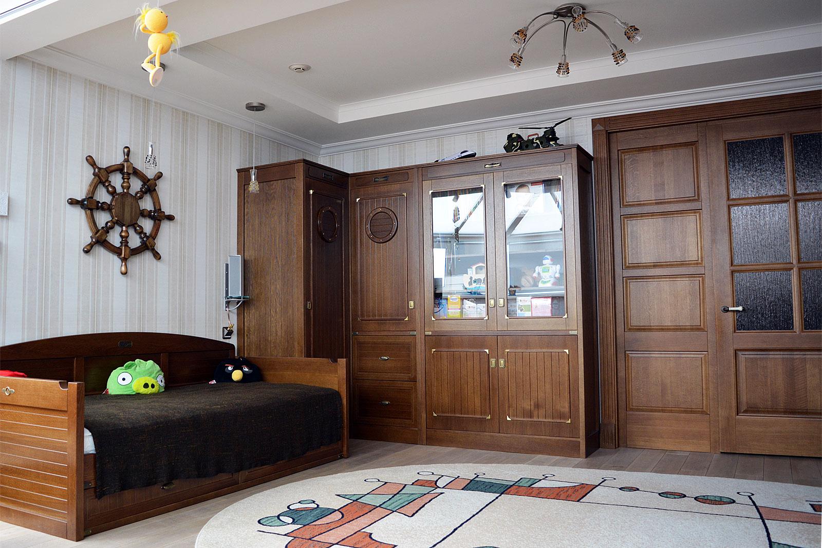 Мебель для детской комнаты в морском стиле