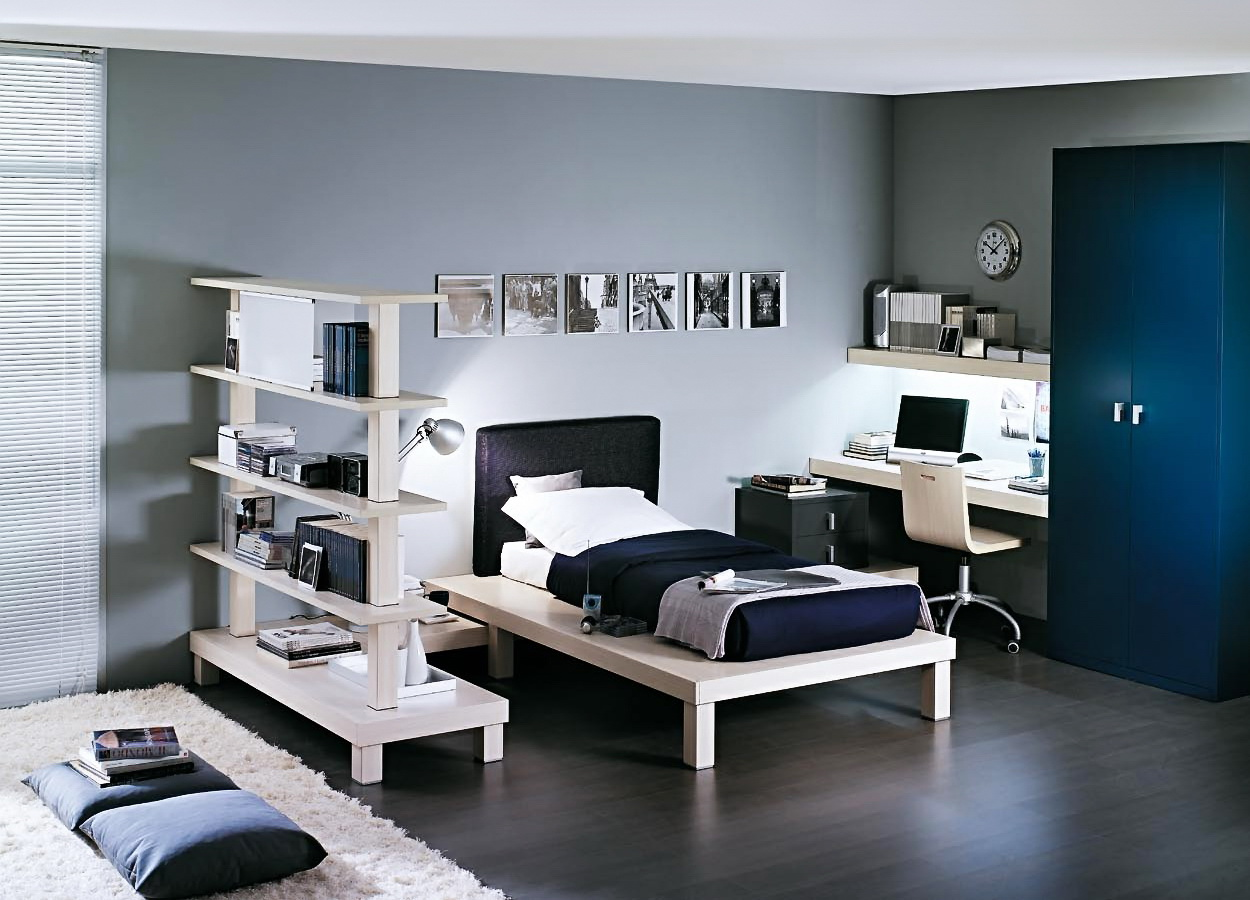 Сине белая комната