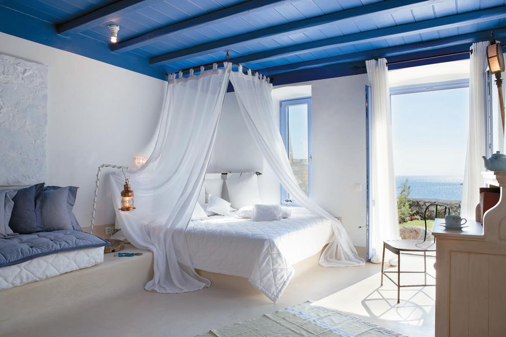 Сине-голубая спальня в морском стиле
