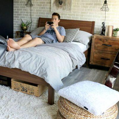 Сочетание в комнате для подростка стилей лофт и кантри