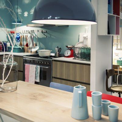 Голубая кухня эклектика