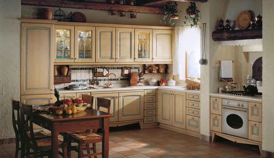 На кухне прованс всегда много разнообразных аксессуаров