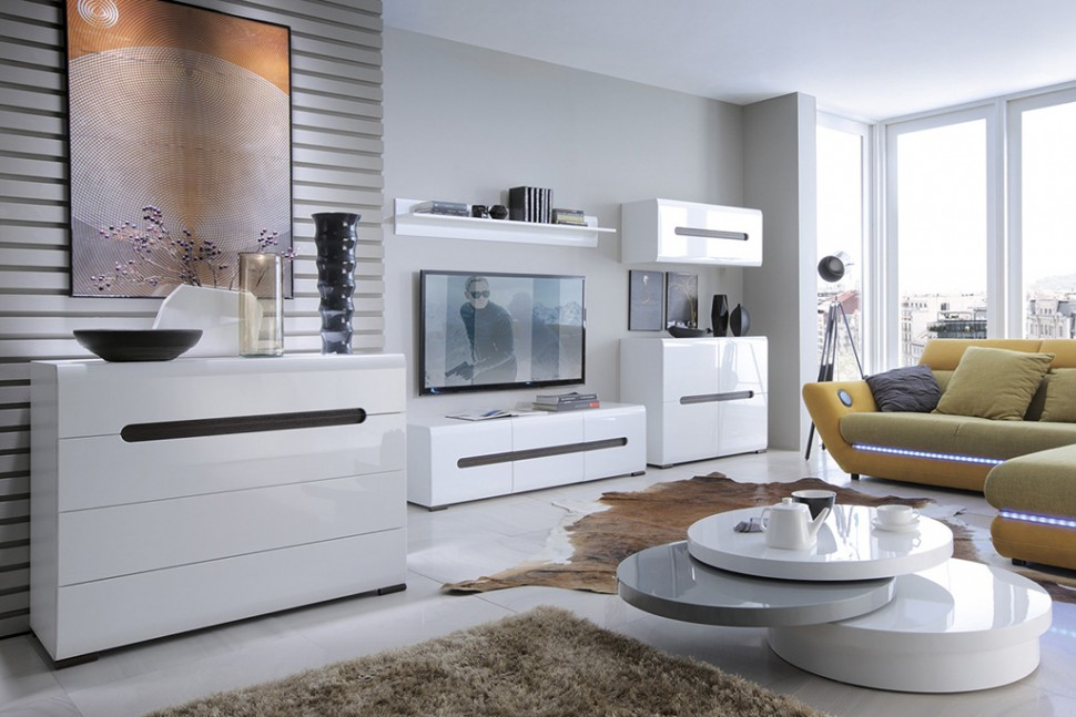 Комод может быть частью модульной гостиной