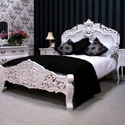 Черно-белая спальня в стиле рококо