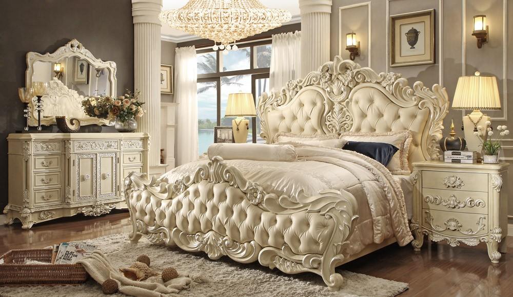 Люстру для спальни рококо лучше выбирать хрустатьную