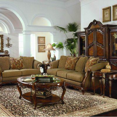 Бгатая мебель в гостиной