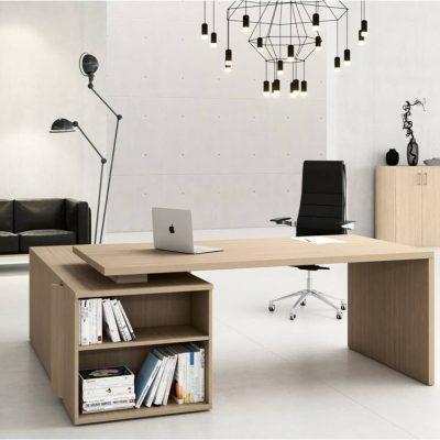 Стильный кабинет начальника