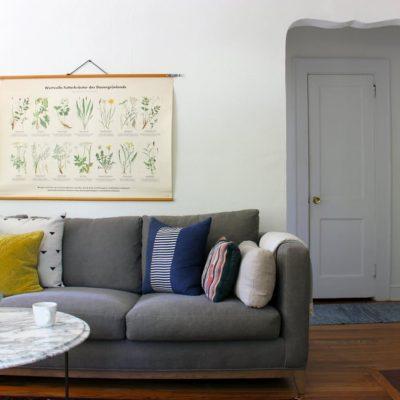 Комната в стиле минимализм в доме дизайнера