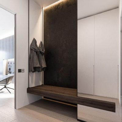Небольшой вместительный зеркальный шкаф