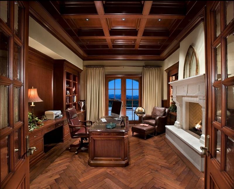 Потолок с баками в кабинете в английском стиле
