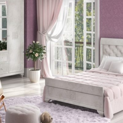 Кровать в детской комнате