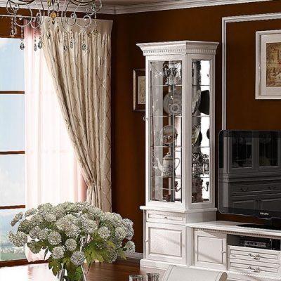 Белая мебель на темно-красном фоне