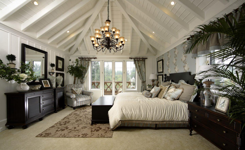 Нестареющая классика: спальня в английском стиле