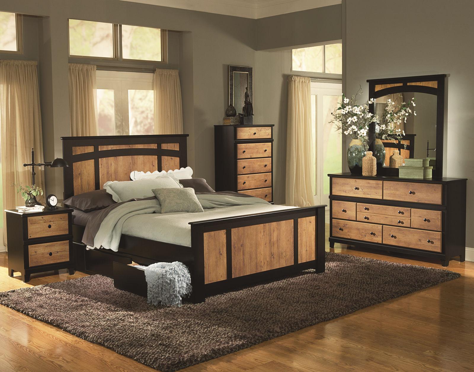 Мебель из светлого дерева прекрасно дополнит мягкую цветовую гамму комнаты