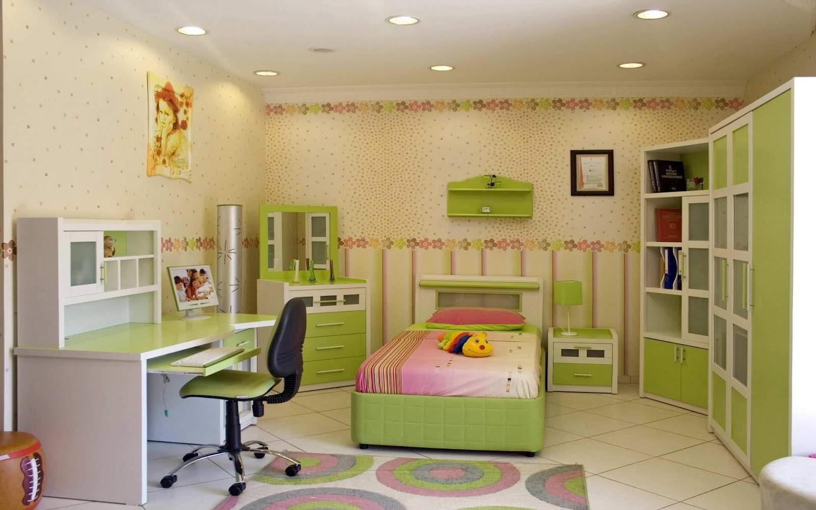 Для детской подойдет умеренный теплый искусственный свет