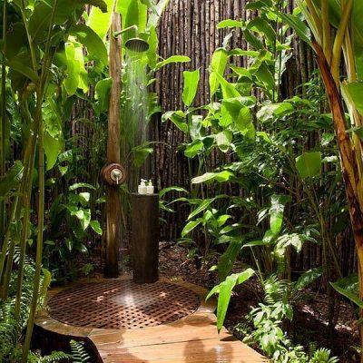 природный дизайн душевой комнаты