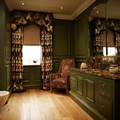 Зелёная викторианская ванная