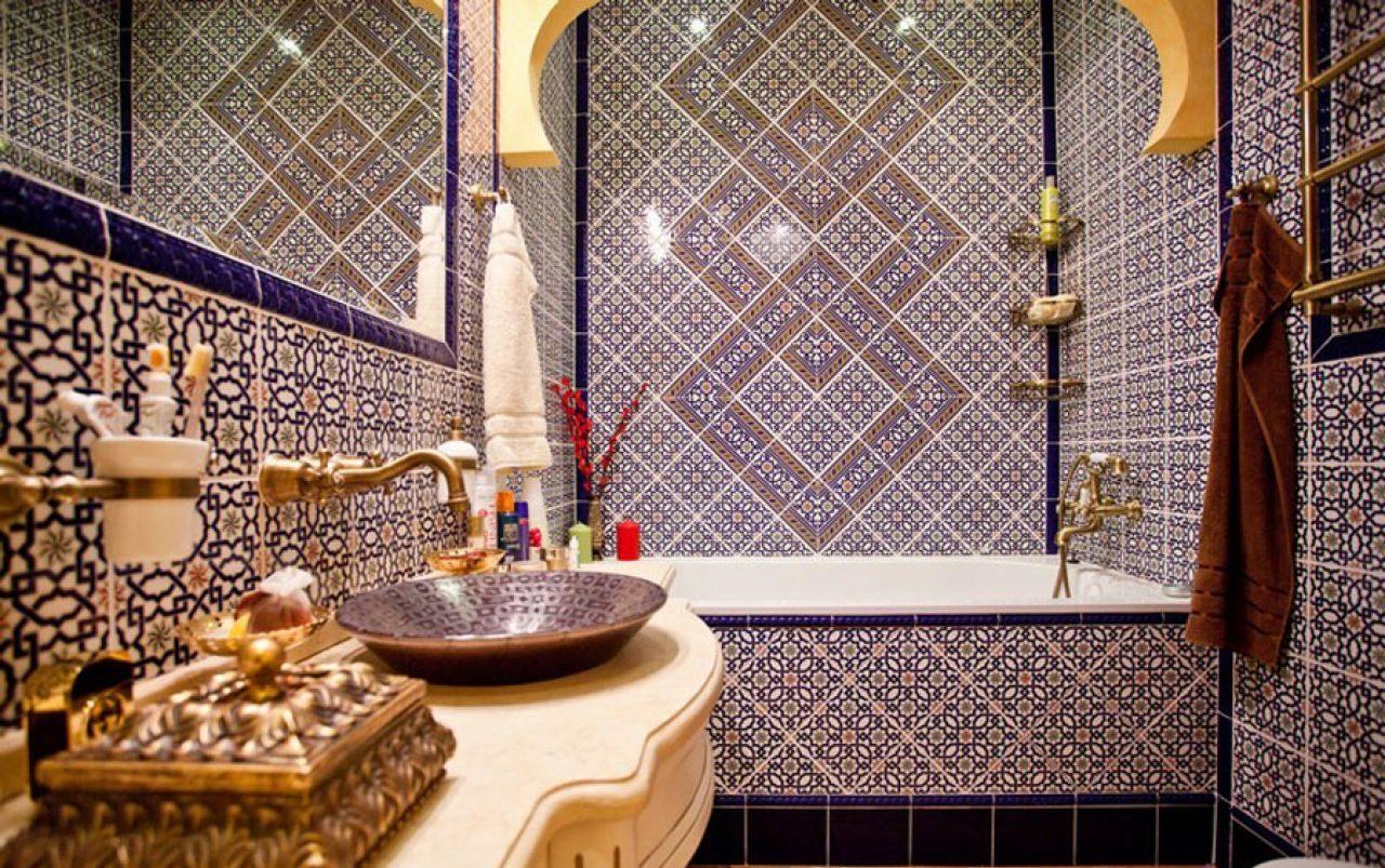 Индийские мотивы в ванной в викторианском стиле