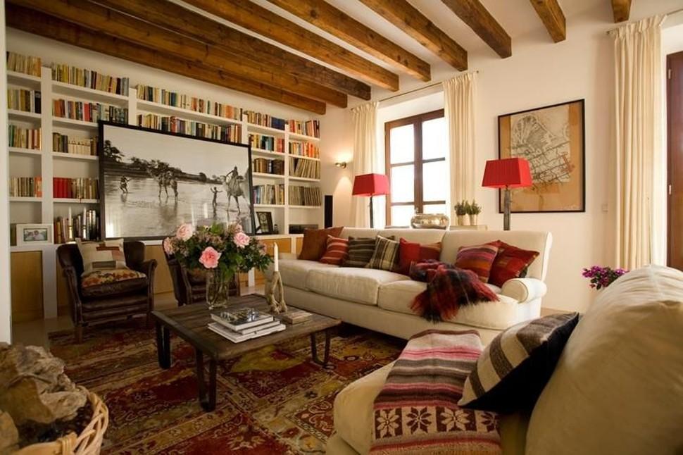 пледы и ковры в гостиной в стиле кантри